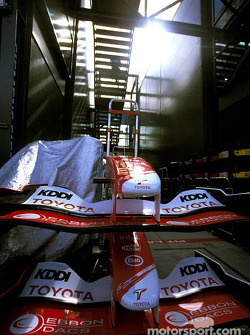Des nez de Toyota TF104