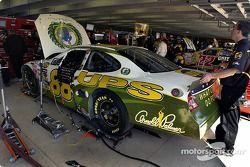 La peinture de la voiture de Dale Jarrett rend hommage à Arnold Palmer