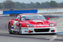 Danny Sullivan pilote la Ferrari 575 GTC n°25 du Barron Connor Racing