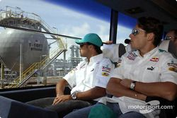 Les pilotes Sauber Petronas visitent Bintulu : Felipe Massa et Giancarlo Fisichella