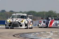 La Porsche 911 GT3 RS n°52 du Seikel Motorsport (Tony Burgess, Philip Collin, Grady Willingham)