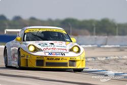 La Porsche 911 GT3RSR n°24 du Alex Job Racing (Romain Dumas, Marc Lieb, Lucas Luhr)
