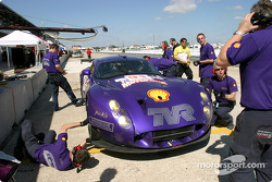 La TVR n°91 du Chamberlain-Synergy Motorsport (Christopher Stockton, Gareth Evans, Amanda Stretton)