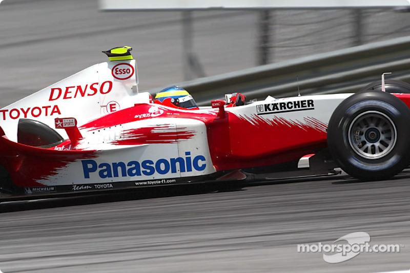 Рикардо Зонта (в Ф1: 1999-2001, 2004, 38 Гран При, 3 очка)