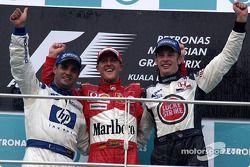 Podio: ganador de la carrera Michael Schumacher; Juan Pablo Montoya el segundo lugar y tercer lugar