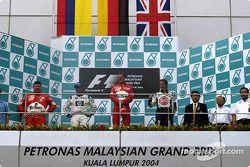 Podio: ganador de la carrera Michael Schumacher; Montoya el segundo lugar y tercer lugar Jenson Butt