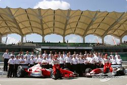 Cristiano da Matta, Olivier Panis y el equipo Toyota
