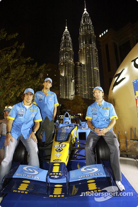 Fête Mild Seven au Zouk Nightclub à Kuala Lumpur : Fernando Alonso, Franck Montagny et Jarno Trulli