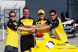 Jordan-message from Bahrain: Nick Heidfeld, Eddie Jordan, Giorgio Pantano and Timo Glock