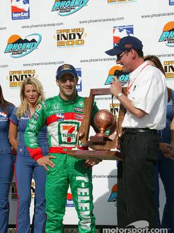 Tony Kanaan receives winner's trophy