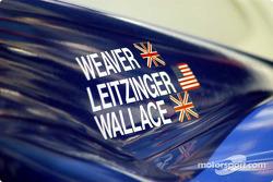 La Lola EX257/AER n°16 du Dyson Racing sur la grille de départ