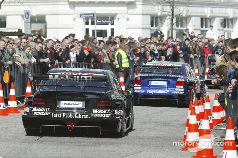 The 2004 DTM cars parade in Hamburg