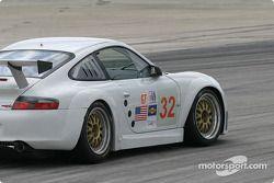 #32 Cirtek Motorsport Porsche 911 GT3RSR: Rob Wilson, Frank Mountain