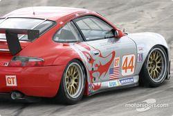 #44 Flying Lizard Motorsports Porsche 911 GT3RS: Lonnie Pechnik, Seth Neiman, Peter Cunningham
