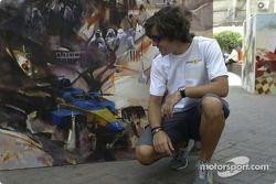 Les pilotes Renault visitent Bahreïn : Fernando Alonso