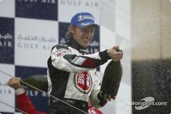 Podio: Ducha Warrd para Jenson Button