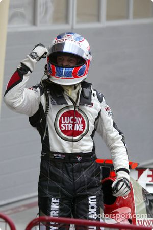 Jenson Button celebra el podio