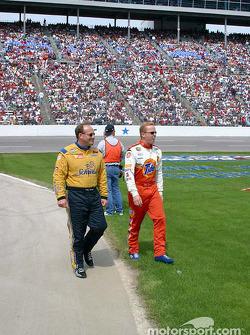 Ken Schrader and Ricky Craven walk to the starting grid