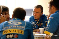 Des ingénieurs Renault F1