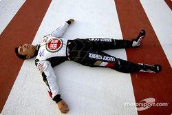 Takuma Sato se repose sur la piste