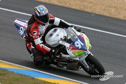 La Honda CBR n°91 du Team DAP Moto 91 (Pierrot Lerat-Vanstaen, Frédéric Jond, Bertrand Stey)