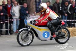 bike-2004-gen-dg-0102