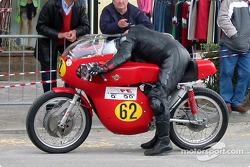 bike-2004-gen-dg-0105
