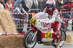bike-2004-gen-dg-0106