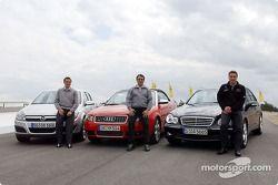 Timo Scheider, Christian Abt und Bernd Schneider mit Straßenwagen