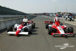La première ligne de l'Indy Japan 300 : Dan Wheldon et Greg Ray