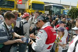 Emanuele Pirro signs autographs