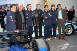 The drivers Paul Belmondo, Claude-Yves Gosselin and Marco Saviozzi, with Jean-Paul Belmondo and Johnny Hallyday
