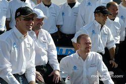 Photoshoot Minardi : Gianmaria Bruni, Paul Stoddart, Bas Leinders et Zsolt Baumgartner