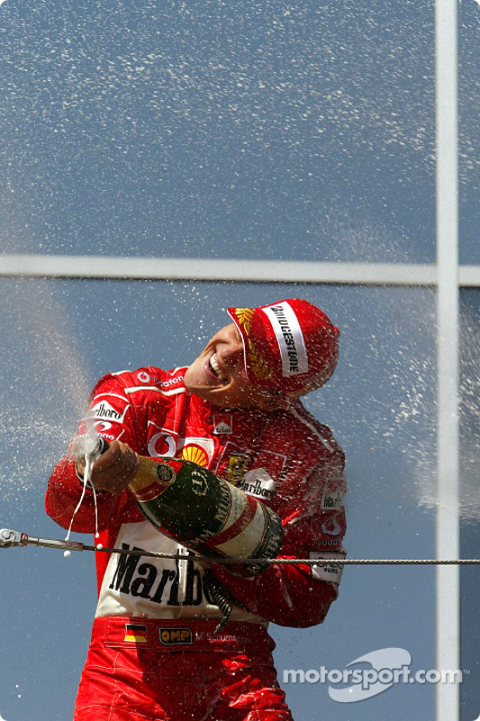 Podio: ganador Michael Schumacher, Ferrari