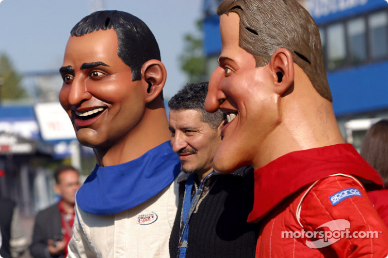 Botargas de Juan Pablo Montoya y de Michael Schumacher