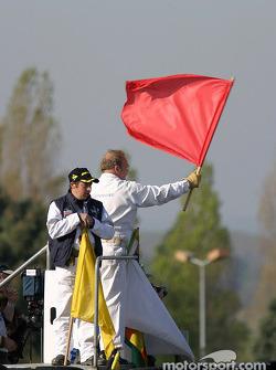 Déjà un drapeau rouge