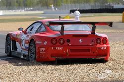 La Ferrari 575 Maranello n°61 du Barron Connor Racing (John Bosch, Danny Sullivan) en difficulté