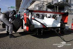 Pitstop practice for #5 Audi Sport Japan Team Goh Audi R8: Tom Kristensen, Seiji Ara, Rinaldo Capell