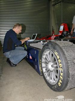Le garage du Intersport Racing
