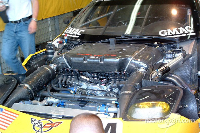 2004: Corvette Racing Corvette C5-R powerplant