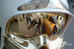 Le reflet de la Corvette C5-R du Corvette Racing