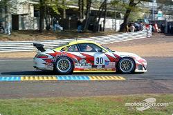 La Porsche 911 GT3 RSR n°90 du White Lightning Racing (Michael Petersen, Jorg Bergmeister, Patrick Long)