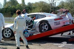 Accident pour la Porsche 911 GT3 RSR n°77 du Choroq Racing Team (Haruki Kurosawa, Kazuyuki Nishizawa, Manabu Orido)