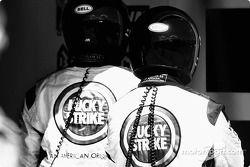 Des membres de l'équipe BAR-Honda