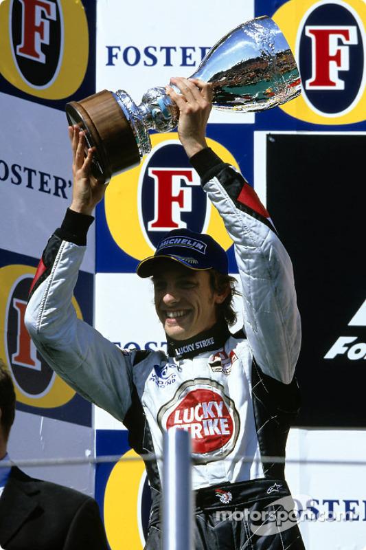 Podio: Segundo lugar Jenson Button, BAR-Honda