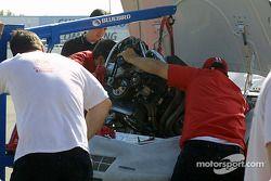 Un nouveau moteur est installé