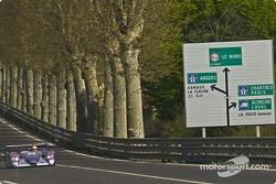 L'Audi R8 n°8 d'Audi Sport UK Team Veloqx (Allan McNish, Frank Biela, Pierre Kaffer)