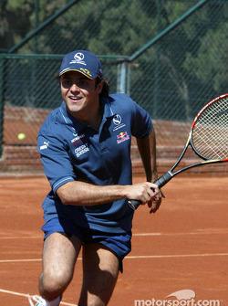 Tournoi de tennis de charité à l'Open Sports Club de Barcelone : Felipe Massa