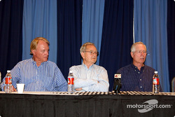 Dan Gurney, Phil Hill & Jim Hall at press conference