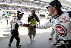 Takuma Sato congratulaed by Jenson Button for his 3. qualifying